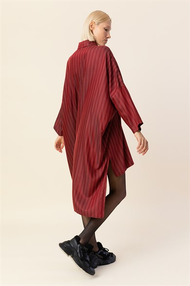 MiiN Red Wide Form Screen Printed Detailed Shirt Dress