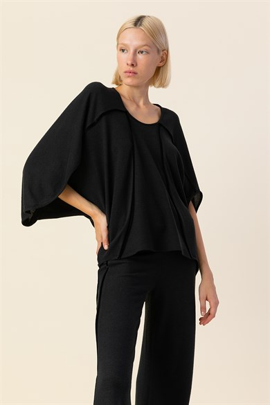 MiiN Black Crew Neck Binding Detail Wide Form Knitted Blouse