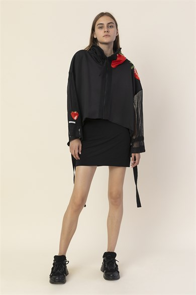 MiiN Black-Redstrawberry Diver Strawberry Embroidery Detail Short Jacket