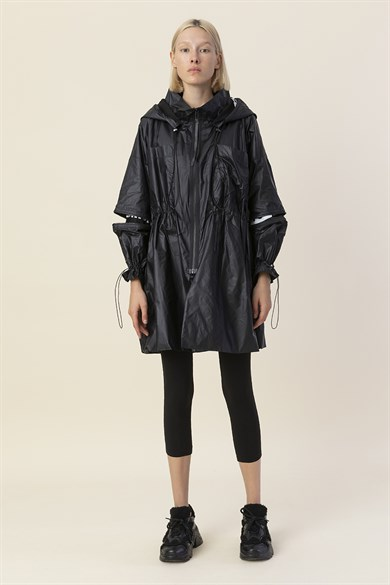 MiiN Black-Lined 100% Cotton Slogan Detailed Waist Pleated Raincoat