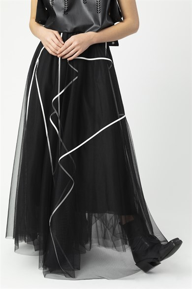 MiiN Black and White Piping Detailed Tulle Skirt